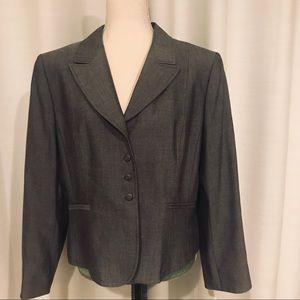 Tahari gray blazer size 16P EUC